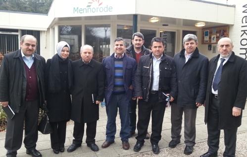 Bölge Yönetim Kurulu üyelerimiz Hollanda'nın Elspeet Sehrinde Yatılı Eğitim Seminerinde.